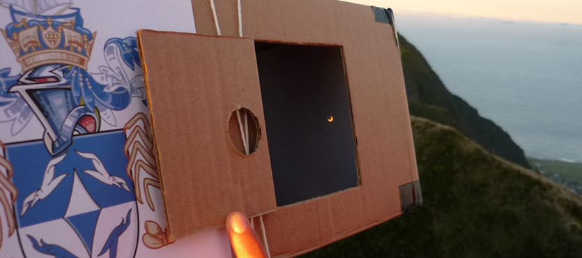 How to Make a Pinhole Eclipse Viewer