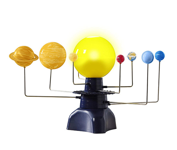 Educational Insights Geosafari Motorized Solar System Science Kit