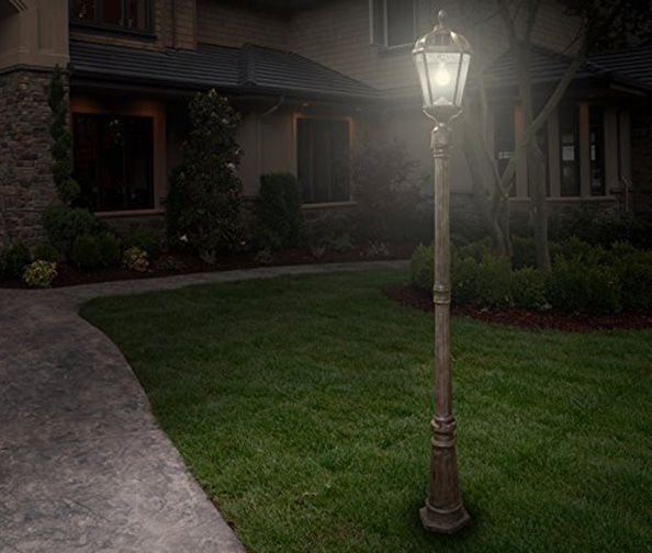 Gama Sonic Royal Bulb Lamp Post