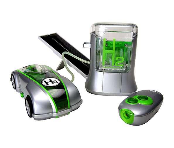 Horizon Fuel Cell Technologies H-racer 2.0 with IR control and Solar Hydrogen Refueling Station