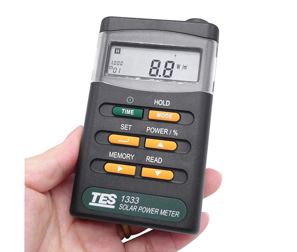 Signstek Handheld Portable Solar Power Irradiance Meter