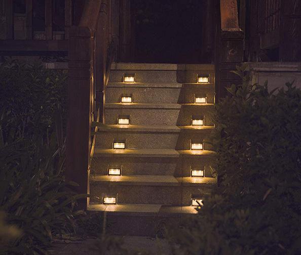 XLux Solar Stair Light